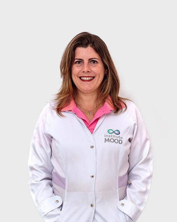 Flávia Lemos